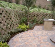 Verdura® Retaining Garden Wall