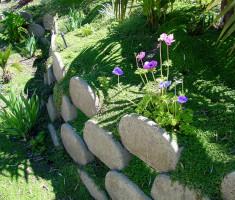 0821120546V30withflower_verdura_garden_bed_opt